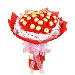 16pcs Ferrero Rocher in a Red Bouquet to Philippines